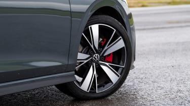 VW Golf GTD - wheel