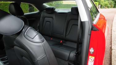 Vauxhall Corsa 2015 taillight