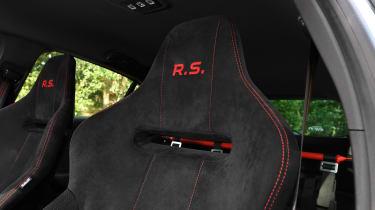 Renault Megane R.S. Trophy-R - seats