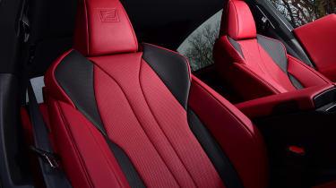 Lexus ES - front seats