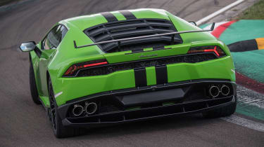 Lamborghini Huracan styling kits - rear cornering