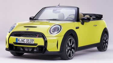 MINI Convertible facelift - front