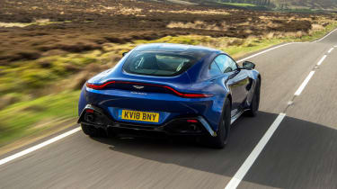 Aston Martin Vantage - rear