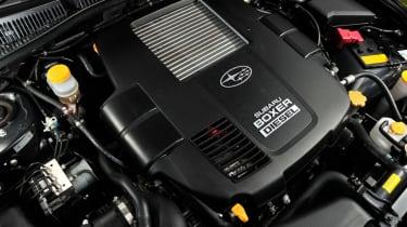 Subaru Legacy engine