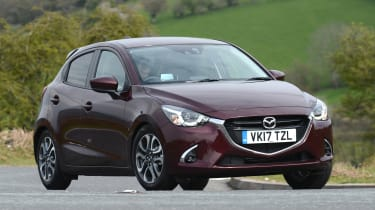Mazda 2 - front action