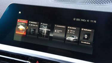 BMW 3 Series - screen