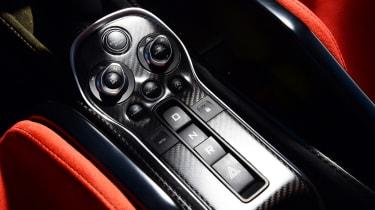 McLaren 600LT - centre console