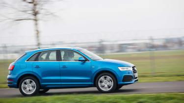 New Audi Q3 2015 action