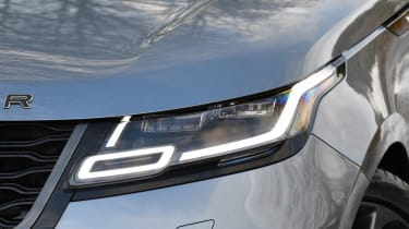 Range Rover Velar SVAutobiography Dynamic - front light