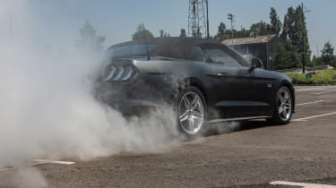 Burnout Ford Mustang
