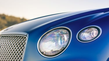 Bentley Continental GT - front light detail