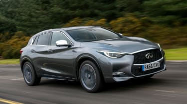 Used Infinti Q30 - front action