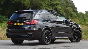 BMW X5 - rear static