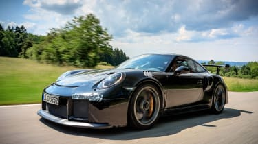 Porsche GT2 RS prototype - front tracking