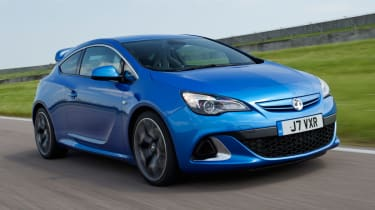 Vauxhall Astra VXR front tracking