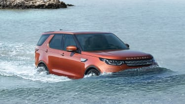 Land Rover Discovery 2017 - official wading
