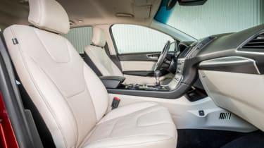 Ford Edge Titanium 2016 - front seats