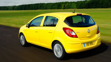 Vauxhall Corsa 1.2 Excite A/C rear tracking