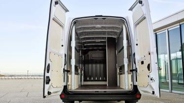 Renault Master Z.E - doors open