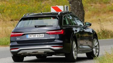 Audi A6 Allroad - rear cornering