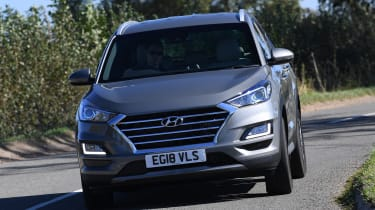 Hyundai Tucson 48v - front cornering