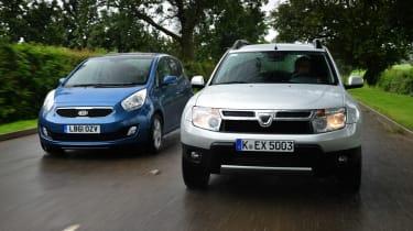 Dacia Duster vs Kia Venga front tracking