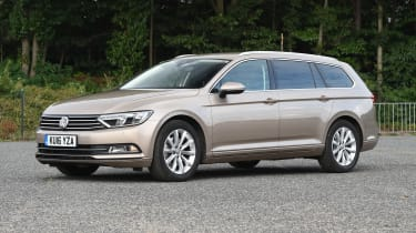 Volkswagen Passat Estate - front static