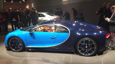 Bugatti Chiron Geneva 2016 - side