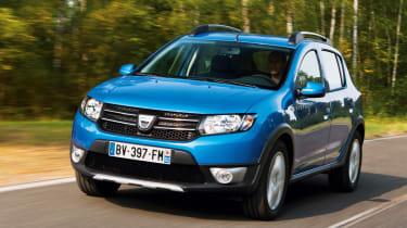 Dacia Sandero Stepway front action