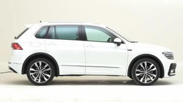 Volkswagen Tiguan - side