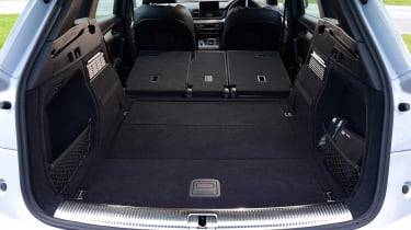 Audi Q5 - boot seats down