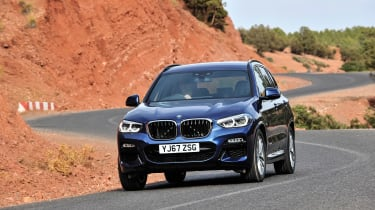 BMW X3 - front action