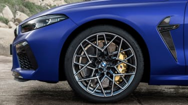 BMW M8 Competition - wheel