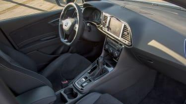 SEAT Leon ST Cupra 300 - interior