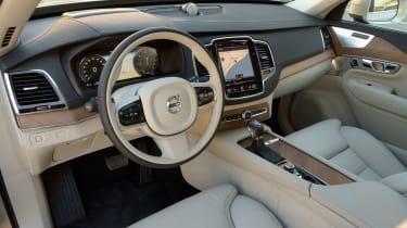 Volvo XC90 2015 - cabin