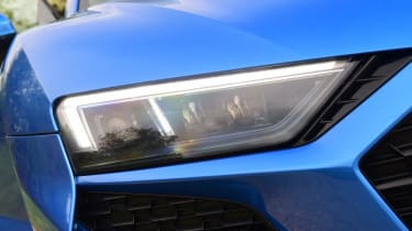 Audi R8 - headlight