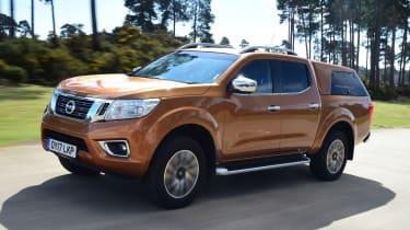 Nissan Navara - front