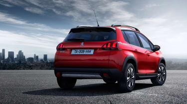 Peugeot 2008 2016 - rear quarter