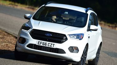 Ford Kuga - front action
