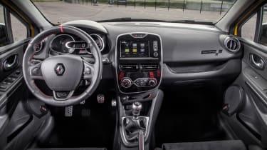 Renault Clio RenaultSport R.S.16 2016 - interior
