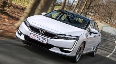 Honda Clarity - front tracking