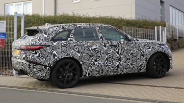 range rover velar svr spies side 3