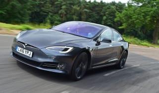 Tesla Model S 2016 facelift front tracking
