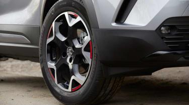Vauxhall Mokka - wheel
