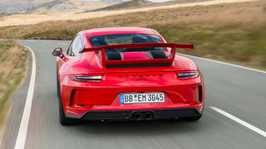 Porsche 911 GT3 - full rear tracking