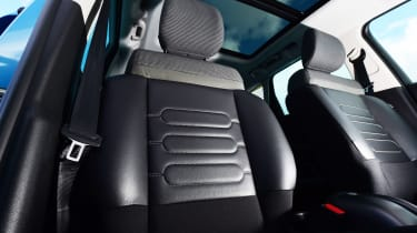 Citroen C3 Aircross - front seats