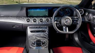 Mercedes E 300 Cabriolet - dash