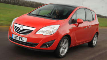 Vauxhall Meriva front tracking