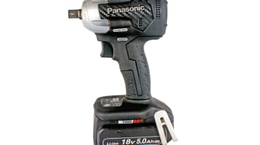 Panasonic EY75A8LJ2G 18v Brushless Impact Wrench Kit