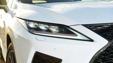 Lexus 450h F Sport - headlight